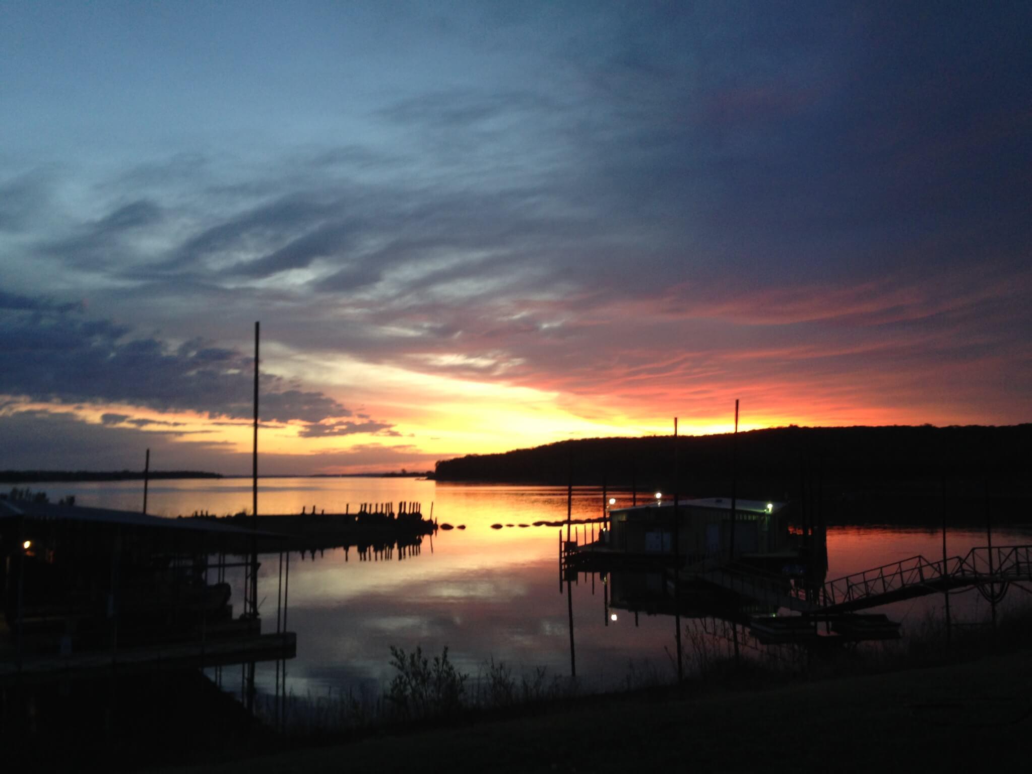 Lake Texoma Lodging, Lake Texoma Striper Fishing Trips